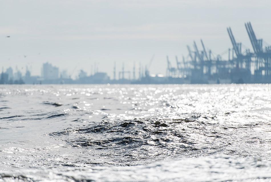 Hambugr port water