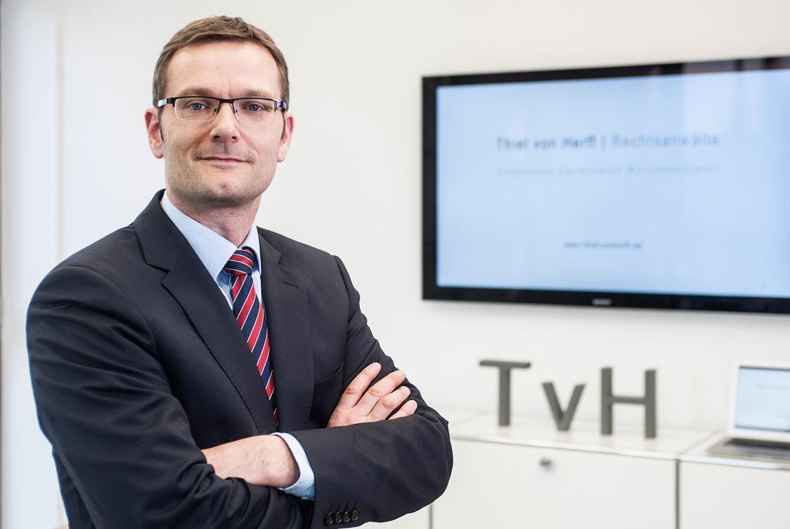 ombudsman Dr. Carsten Thiel von Herff