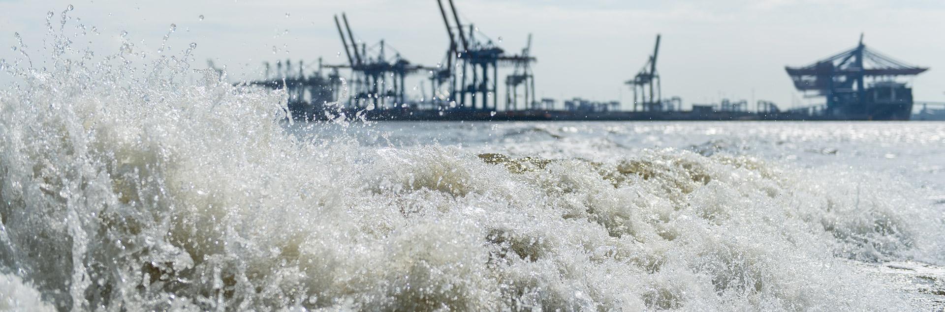 Hamburg port High tide wave